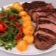 Готовим стейки из говядины на сковороде