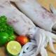 Консервированные кальмары: свойства и рецепты приготовления