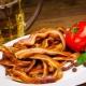 Свиные уши: калорийность, польза и вред, рецепты приготовления