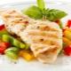 Готовим филе индейки с овощами в духовке