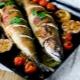 Как быстро и вкусно запечь скумбрию в духовке?