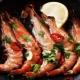 Как можно пожарить морепродукты?