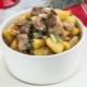 Как приготовить жаркое из индейки с картофелем?