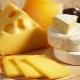 Можно ли при гастрите есть сыр и в каких количествах?