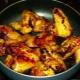 Способы приготовления куриных крыльев на сковороде