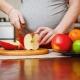 Яблоки при беременности: польза и вред, правила употребления
