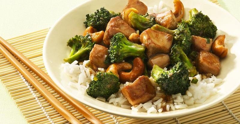 Можно ли есть сырую брокколи? Как употреблять капусту в свежем.