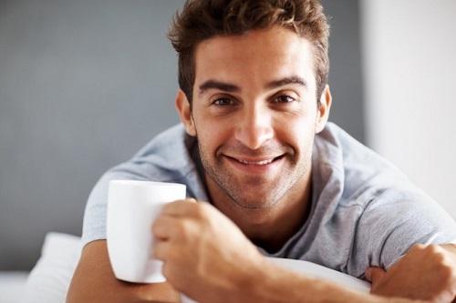 Чай каркаде для мужчин: полезные свойства и противопоказания