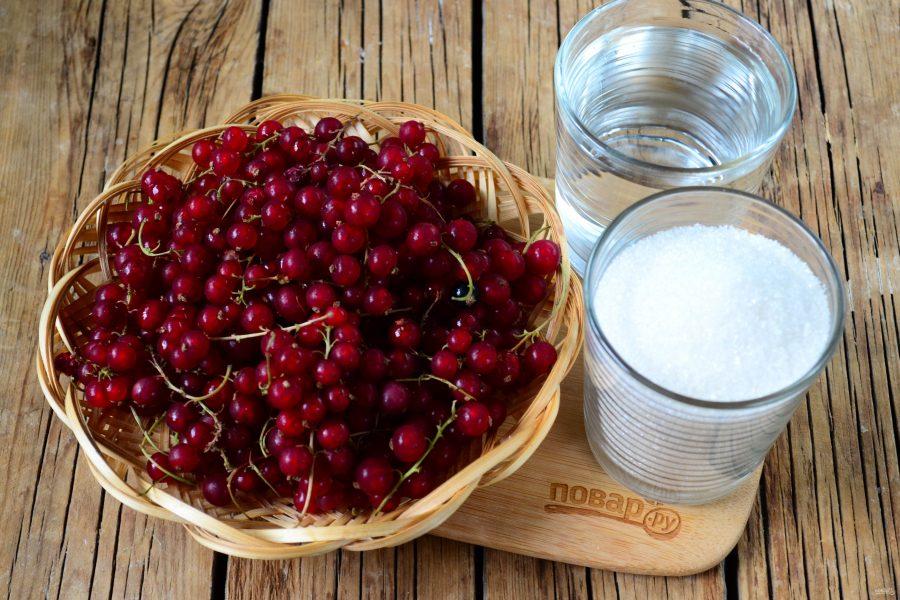 Для начала необходимо подготовить ягоды: перебрать, помыть и обсушить, используя чистое сухое полотенце.