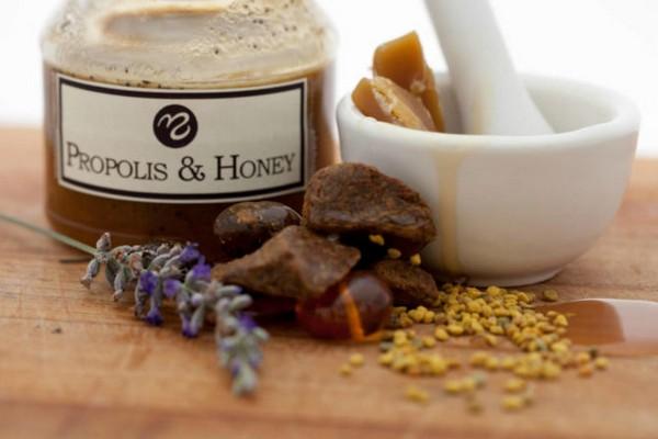 Липовый мед с прополисом