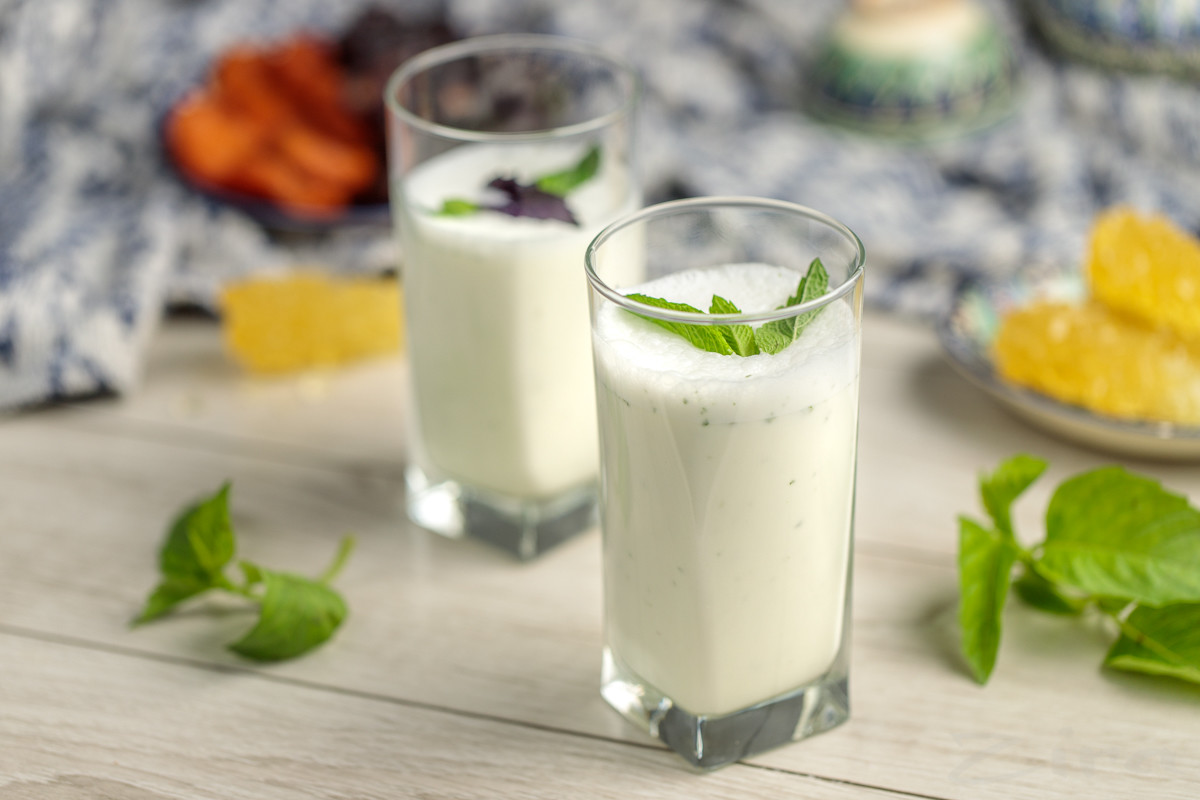 Кисломолочный напиток Айран – польза и вред для организма