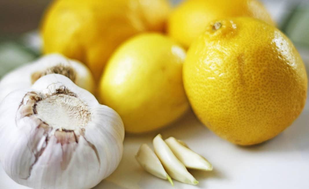 Чистка организма лимоном и чесноком