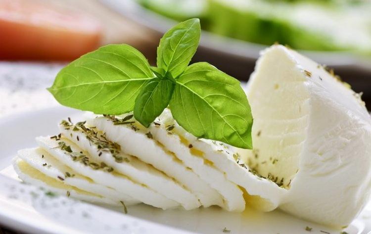 Нежирный сыр для диеты: список сортов