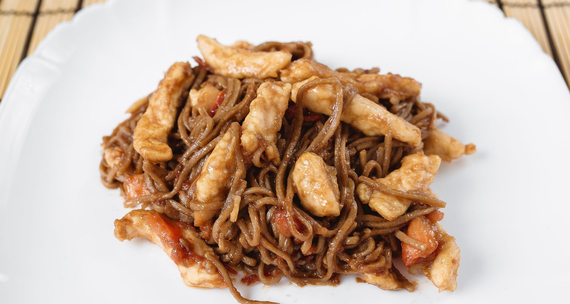 Блюда из лапши: тонкости приготовления