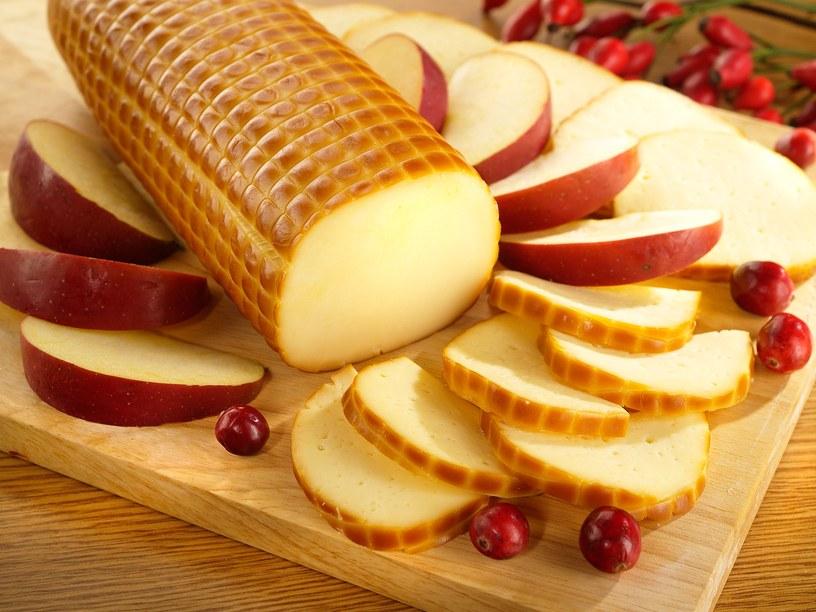 Калорийность колбасного сыра: сколько калорий на 100 грамм копченого и янтарного сыра, БЖУ