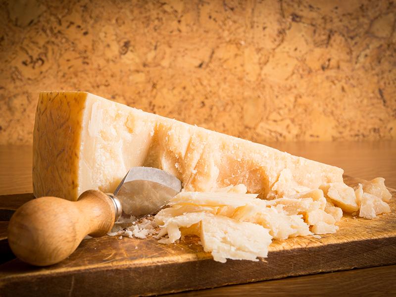 Сыр Грана Падано (19 фото): описание сыра из Италии, рецепт приготовления, польза и вред