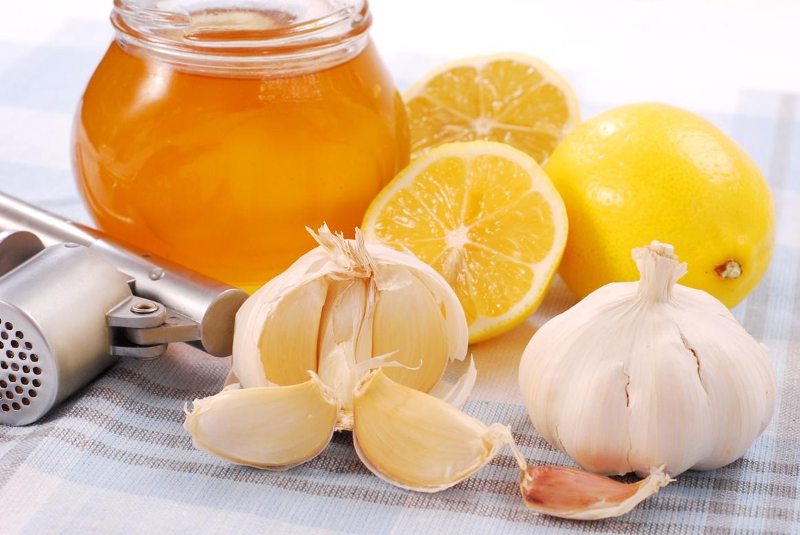Настойка из мёда, чеснока и лимона youtube.