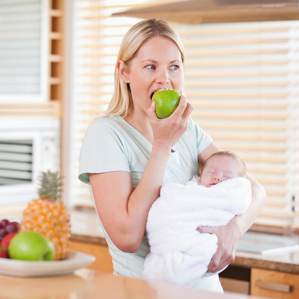 Диета Кормящих Новорожденных. Таблица питания и меню кормящей мамы новорожденного по месяцам: диета по Комаровскому со списком продуктов