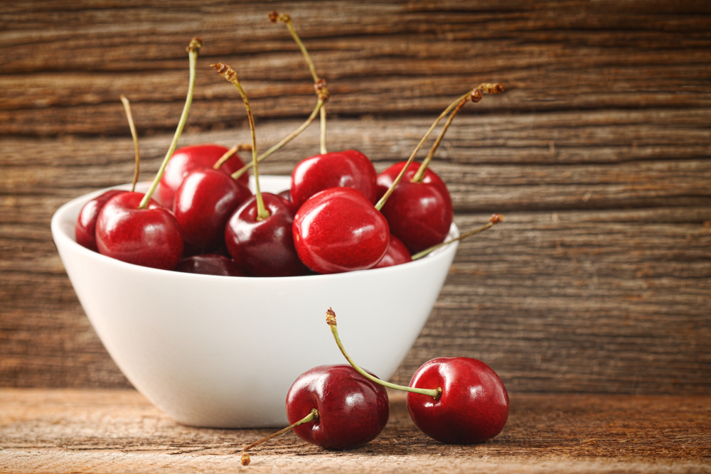 Черешня польза и вред для здоровья калорийность