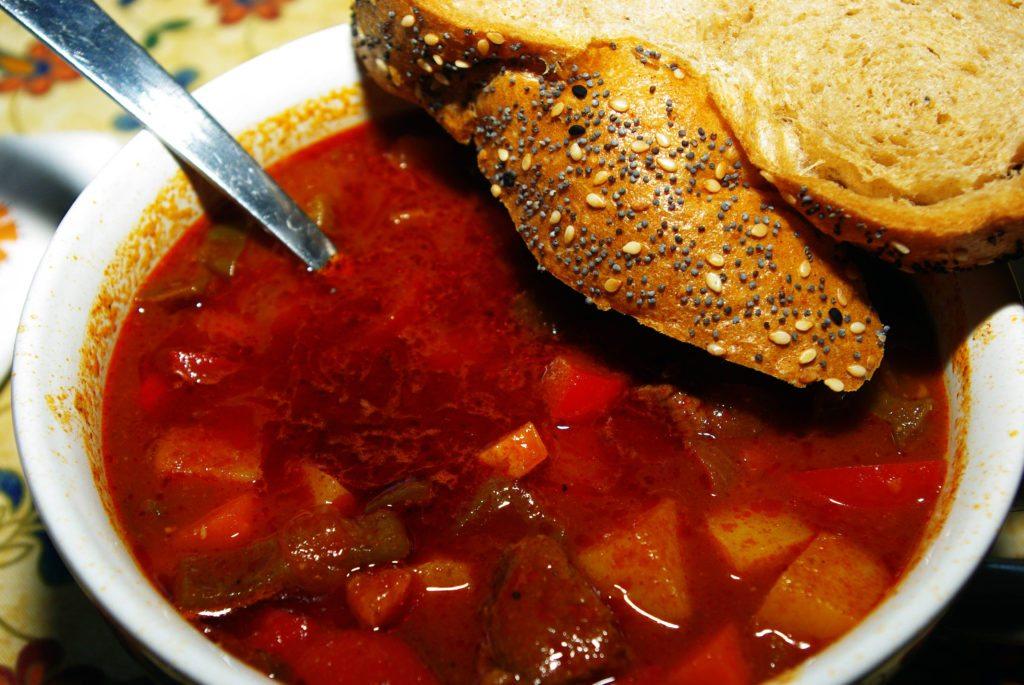 его суп гуляш по венгерски рецепт с фото пошагово много встречается