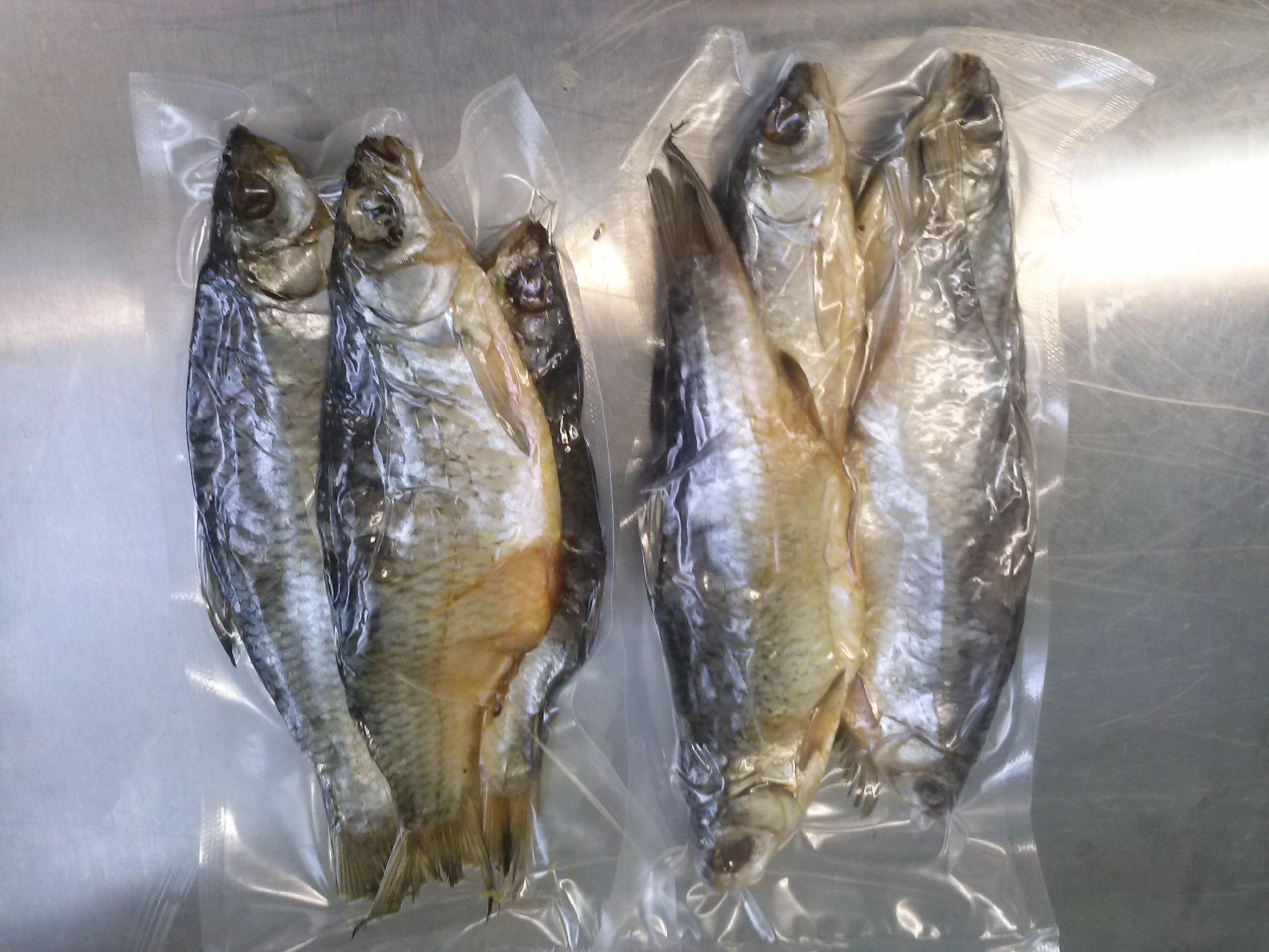 Желательно, чтобы рыба, которую вы хотите завялить, не подвергалась замораживанию.