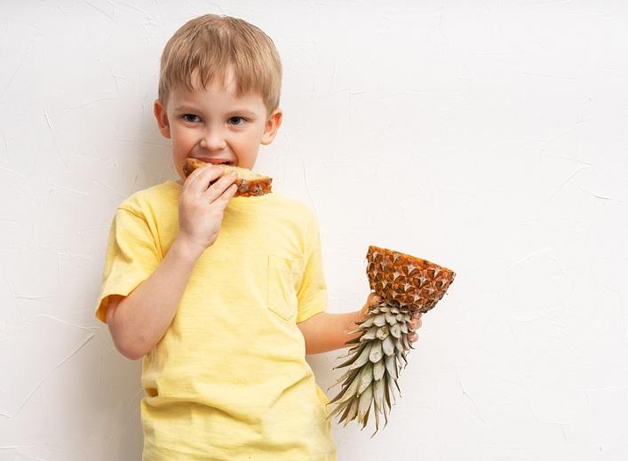Детям про ананас