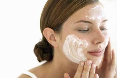 Масло цмина в помощь косметических дефектов кожи