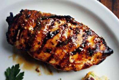 Мясо гриль с медово-горчичной глазурью