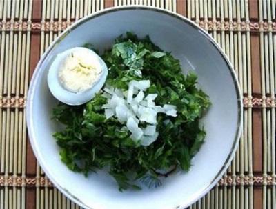 Салат из горца змеиного