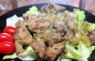 Жаркое из свинины с сельдереем