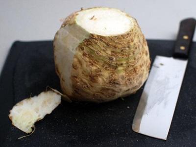 Корнеплод сельдерея имеет много полезных качеств