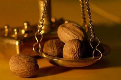 Грецкий орех богат ценными витаминами и микроэлементами