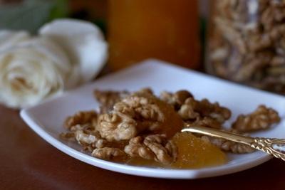 Грецкие орехи очень полезны для женщин, особенно против онкологических заболеваний