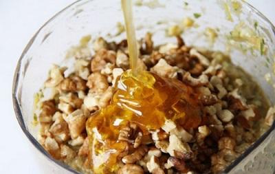 Грецкие орехи с медом и лимоном