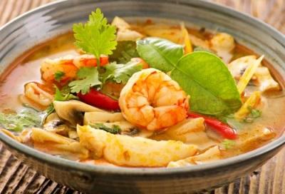 Тайский суп с калганом - том ям кунг