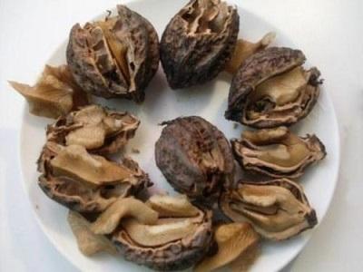 Маньчжурский орех также используют в медицинских целях