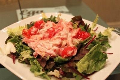 Салат из печеных помидор