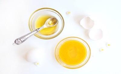 Маска очищающая - яичный желток с миндальным маслом