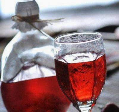 Настойка подосиновиков на красном вине
