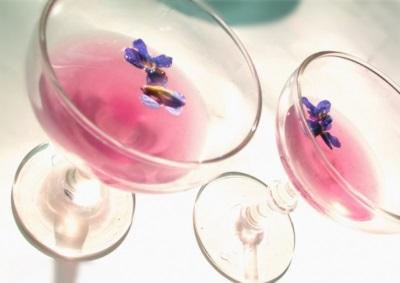 Ликер розовый