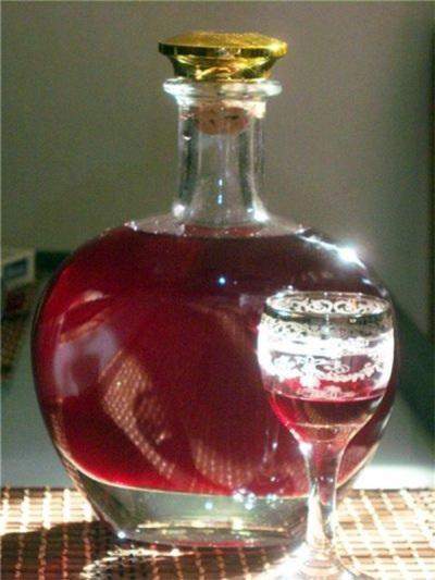 Настойка гвоздики на вине