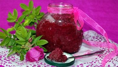 Противопоказания к употреблению варенья из розовых лепестков